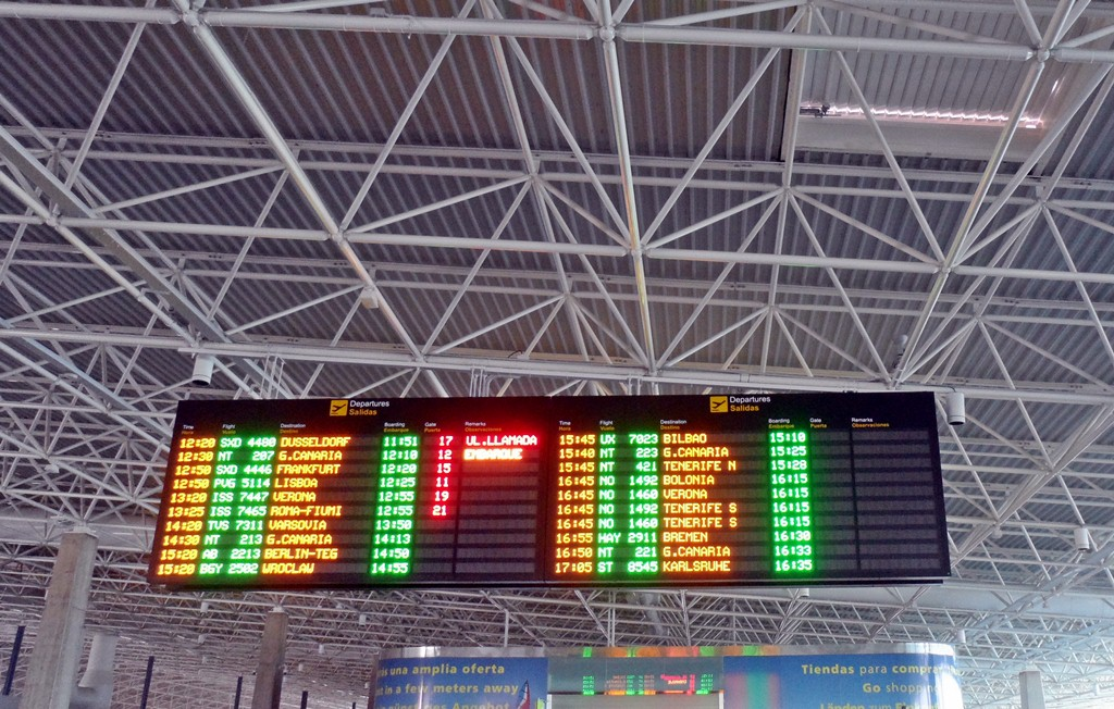 Partidas e Chegadas - Pontualidade nos Aeroportos