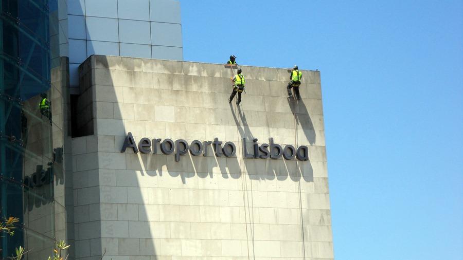 Exterior do Aeroporto de Lisboa