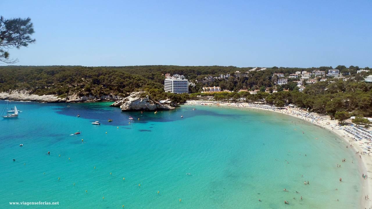 Vista aerea da Cala Galdana na ilha de Menorca (Baleares)