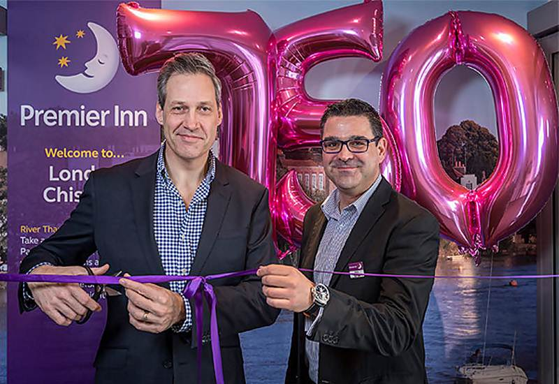 Inauguração do hotel número 750 da Premier Inn em Chiswick Londres