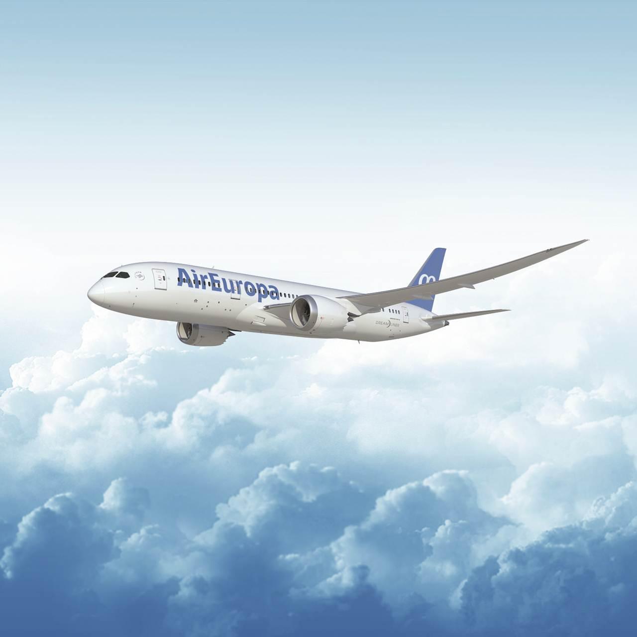 Boeing 787-8 Dreamliner da Air Europa que voa para Montevideu