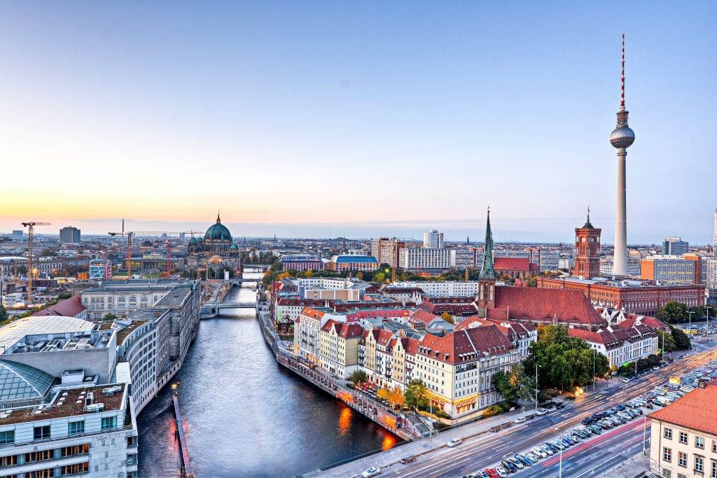 Vista panorâmica da cidade de Belim e do rio Spree