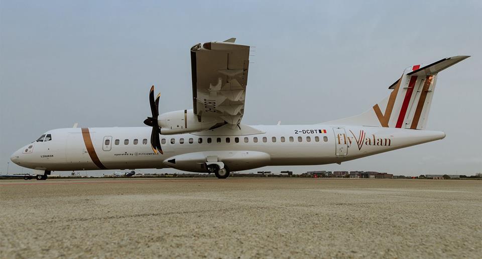 Aeronave ATR 72-500 da companhia aérea FlyValan