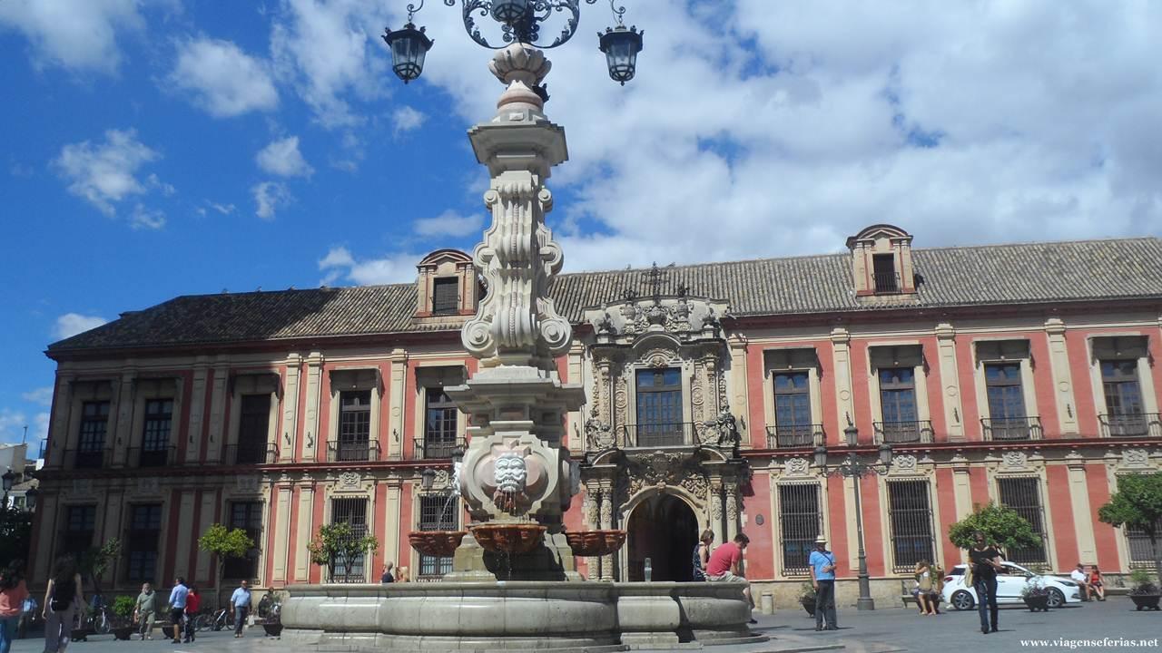 Plaza Virgen de Los Reys em Sevilha junto à catedral
