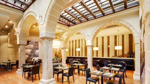Restaurante do hotel Eurostars Asta Regia em Jerez de la Frontera